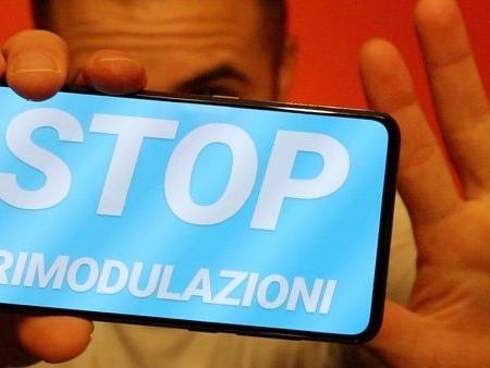 Più estese del previsto le rimodulazioni Vodafone di 2,99 euro: avvertimenti per l'estate 2019