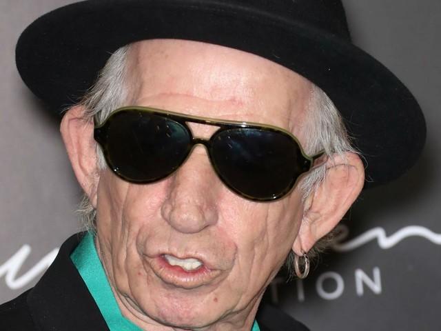"""Keith Richards: """"Più facile liberarsi dell'eroina che della nicotina"""""""