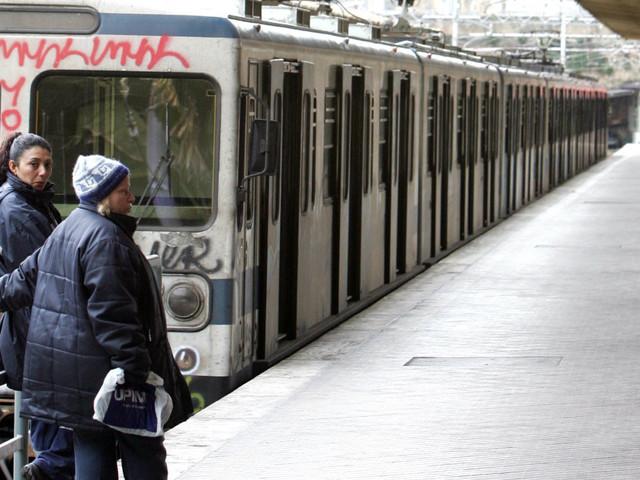 È la Roma-Lido la linea ferroviaria peggiore d'Italia (secondo la classifica di Legambiente)