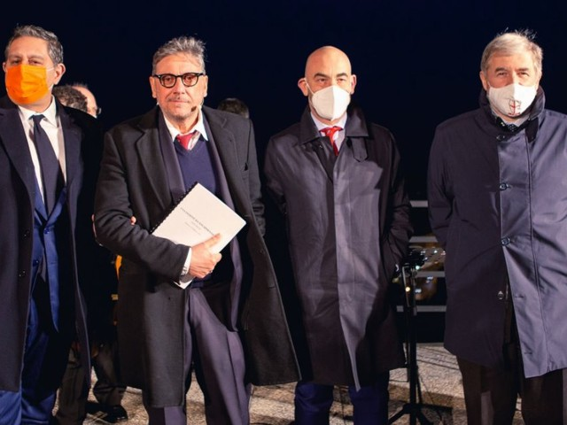 La Liguria ricorda un anno di pandemia con Castellitto