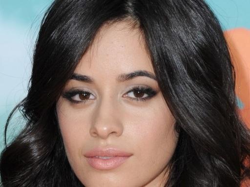"""Camila Cabello ha svelato un particolare sulle riprese del video di """"Beautiful"""" che ti farà venire i brividi"""