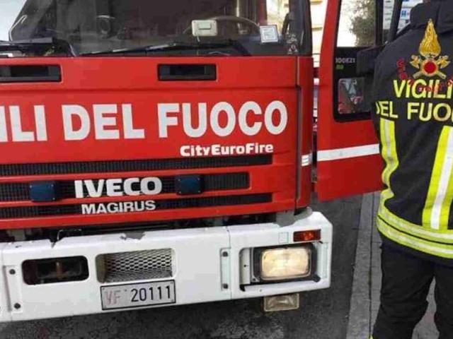 Bonavigo, terribile incidente: auto contro albero, 3 morti