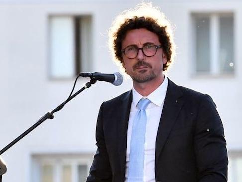 """Toninelli: """"Esami costi-benefici Tav entro novembre. Olimpiadi? Meglio solo a Torino"""""""