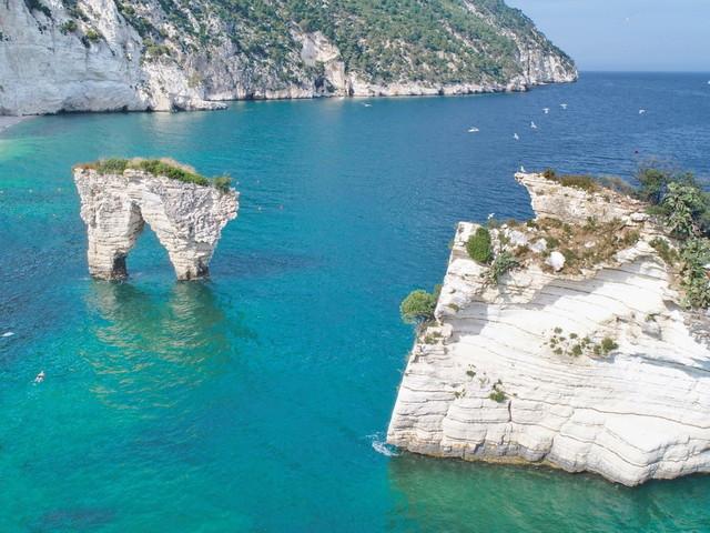 Donnavventura: la Puglia, il suo mare e tanti luoghi magici