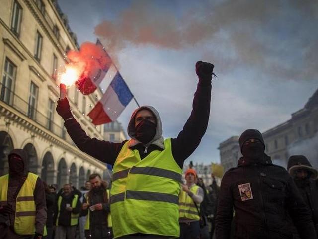 La Francia bloccata, sciopero contro la riforma delle pensioni