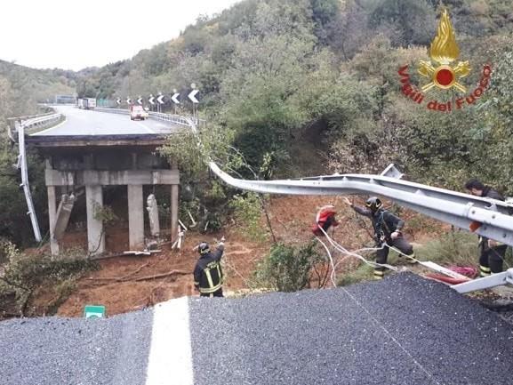 Torino-Savona - Si muove la frana, chiuso un viadotto della A6