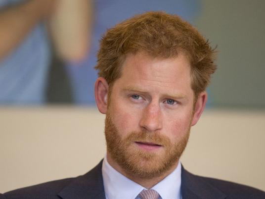 Il Principe Harry vuole una vita normale insieme a Meghan? Il pettegolezzo