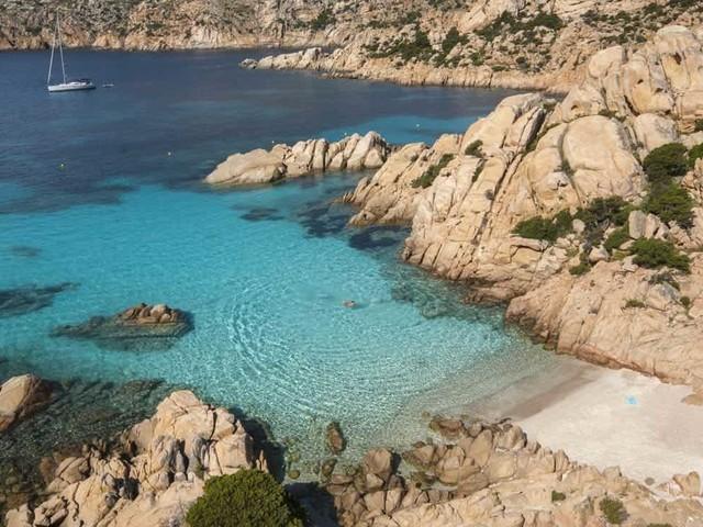 La Maddalena spiagge più belle: come arrivare, mappa e cartina