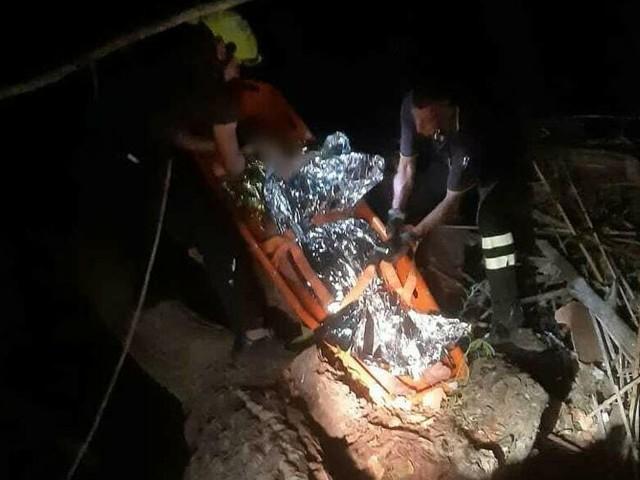 Montesacro, una 24enne cade nel fiume e a salvarla arrivano i vigili del fuoco