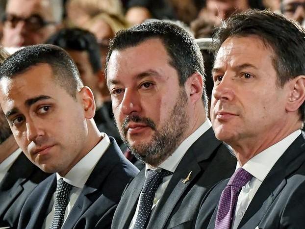 Governo, venti di crisi: strappo di Salvini «Inutile andare avanti con no e rinvii, le elezioni sono l'unica alternativa»