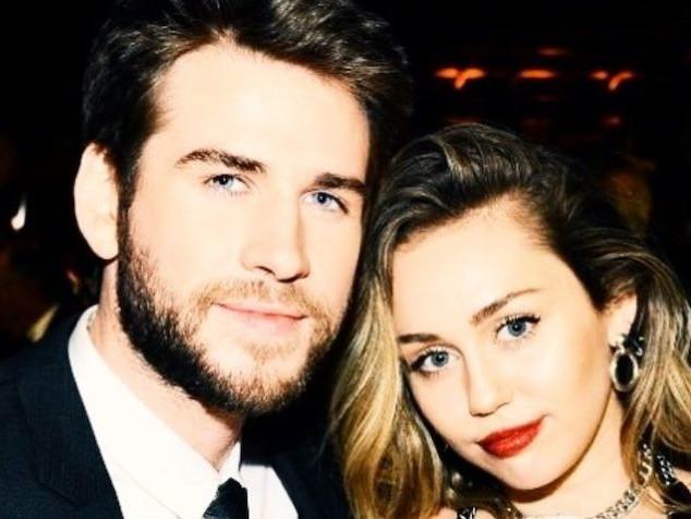 Miley Cyrus si sfoga con i fan: la verità sulla rottura con Liam Hemsworth