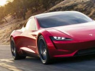 Nuova Tesla Roadster 2: l'elettrica che straccia le supercar