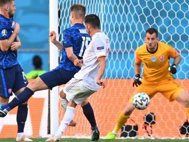 La Spagna si è svegliata: 5-0 alla Slovacchia e ottavi contro la Croazia