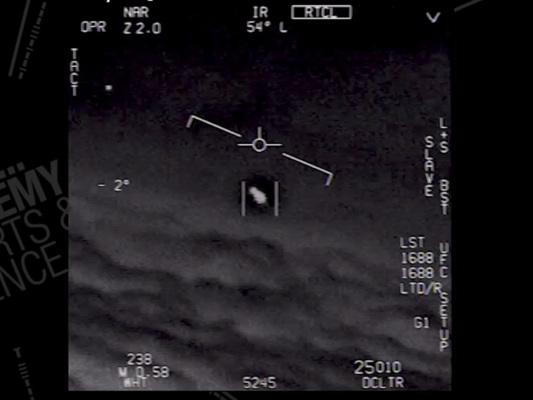 La marina americana ha riconosciuto per la prima volta tre avvistamenti UFO