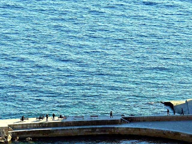 Croazia, morto il manager Eugenio Vinci: probabile intossicazione da gas di scarico della barca. Ricoverati anche i due figli