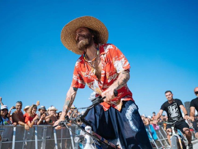 """Conto alla rovescia per il Jova Beach Party a Montesilvano, il cantante sui social: """"Domani sapremo se il 7 settembre il concerto si farà"""""""