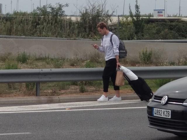 """Rakitic, sempre più """"isolato"""" a Barcellona. Torna addirittura…a casa a piedi"""