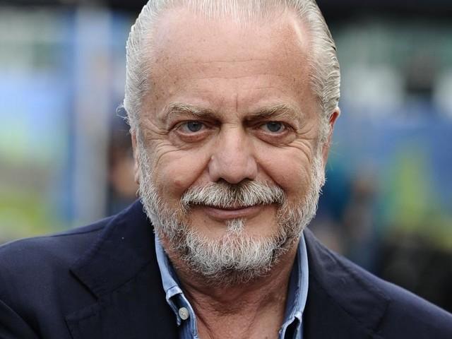 Napoli: striscioni contro il presidente De Laurentiis, la rabbia dei tifosi