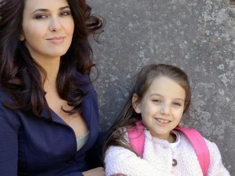 Nella settima puntata de Le Tre Rose di Eva 4 Marzia a caccia di indizi sulla madre? Anticipazioni 14 dicembre