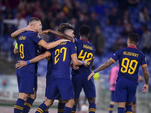 Europa League, la Roma liquida con un secco 4-0 il Baseksehir