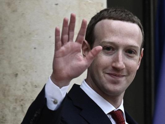 """""""Nuove regole sulla privacy"""". L'appello di Zuckerberg ai governi"""