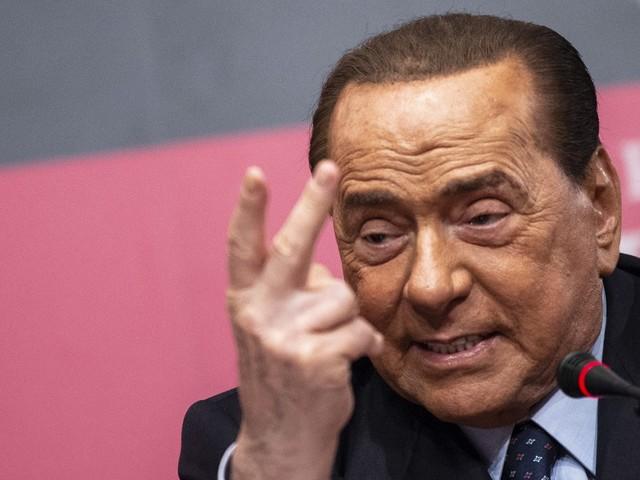Silvio Berlusconi è ancora positivo al Covid-19