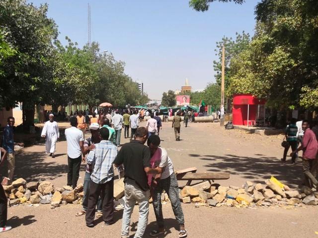 Ancora proteste in Sudan: un religioso a Khartoum, gente vuole transizione civile