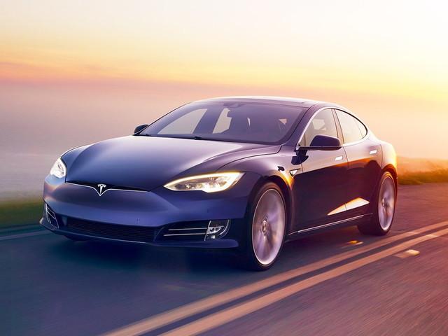 Auto, Tesla sorpassa Toyota e diventa l'azienda con il valore più alto nel mondo