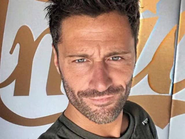 """Filippo Bisciglia, parla mamma Elisabetta: """"Ecco perché ha pianto in diretta ad Amici Celebrities"""""""