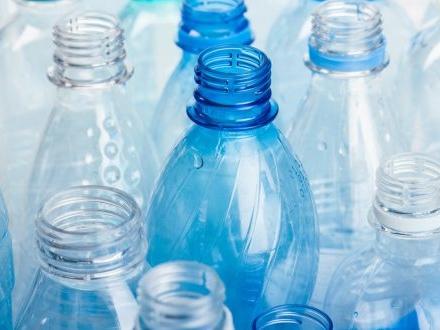 """Plastic tax: intervista a Gianpiero Calzolari presidente di Granarolo """"Ridurre la plastica è una necessità. Ma il problema non si risolve in un giorno"""""""