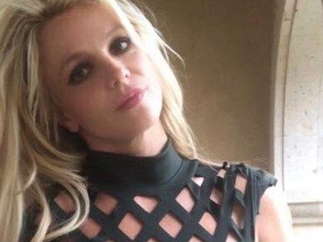 Britney Spears ricoverata contro la sua volontà dal padre e costretta ad usare farmaci? La nuova versione della popstar