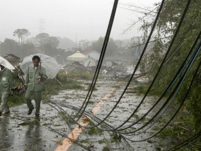 Il tifone Hagibis si abbatte sul Giappone: morti e dispersi