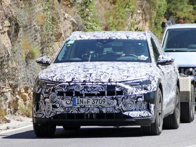 Audi e-tron quattro - Proseguono i test per la Suv a emissioni zero