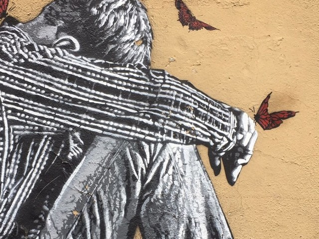 Torpignattara compie 90 anni e festeggia con l'arte di strada
