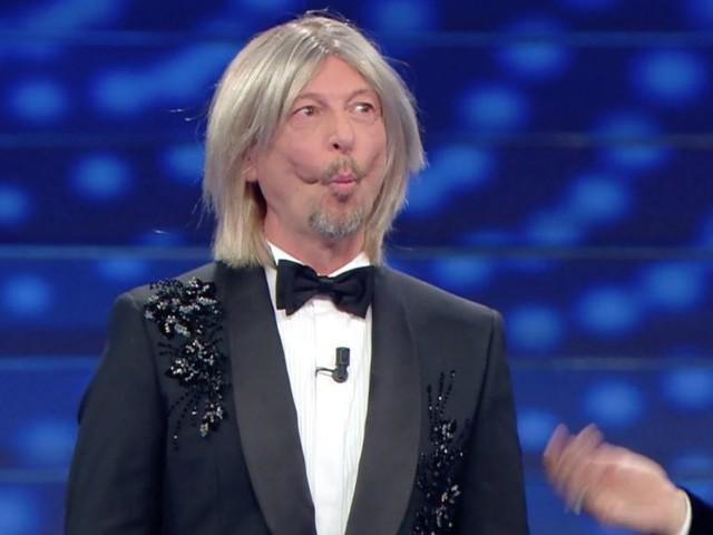 """Sanremo 2021, si lavora per un Festival Covid-free: """"Già eseguiti 350 tamponi"""""""
