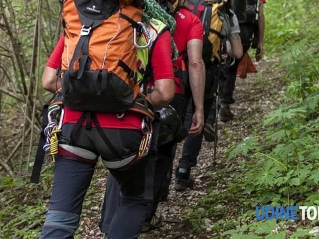 Escono dal sentiero e si perdono, due escursionisti soccorsi a Pontebba
