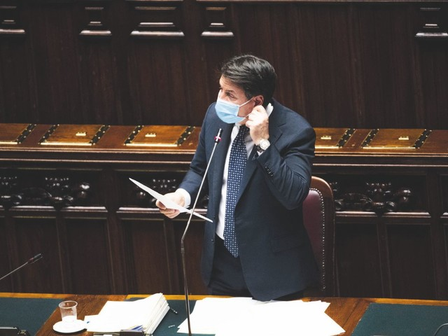 """In Edicola sul Fatto Quotidiano del 29 Ottobre: Scenario-lockdown già per mezza Italia. Le soglie dell'ISS diverse regioni sono ormai in """"fase 4"""""""