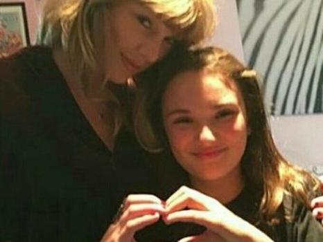 Taylor Swift a casa dei fan, 13 visite per il lancio di Reputation e l'app The Swift Life per fare community