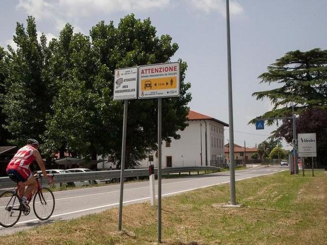 A San Canzian arriva il cartello salvaciclista sulle strade urbane