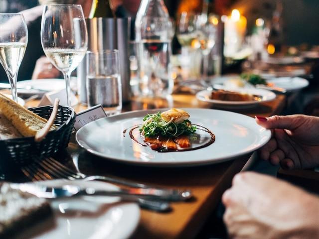 Record per la ristorazione italiana. Boom di ristoranti etnici e food delivery