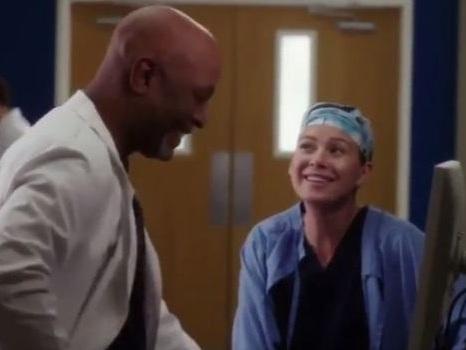 Dietro le quinte di Grey's Anatomy 13: il video dei bloopers tra papere, risate e balletti