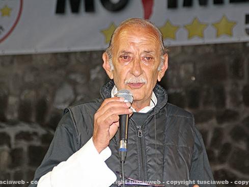 """Primarie, il padre di Di Battista si prende gioco del Pd """"Ho votato in tre seggi"""""""