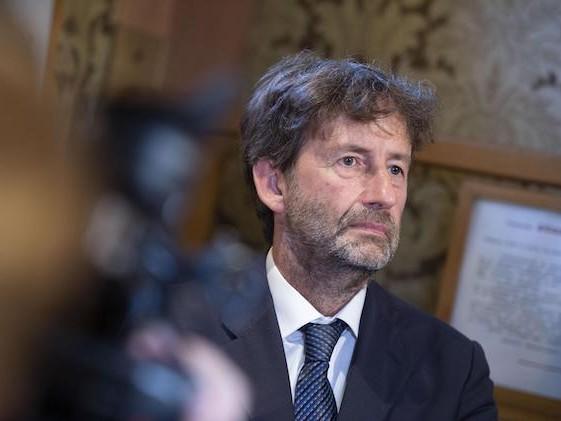Franceschini: «Un ultimatum al giorno toglie il governo di torno»