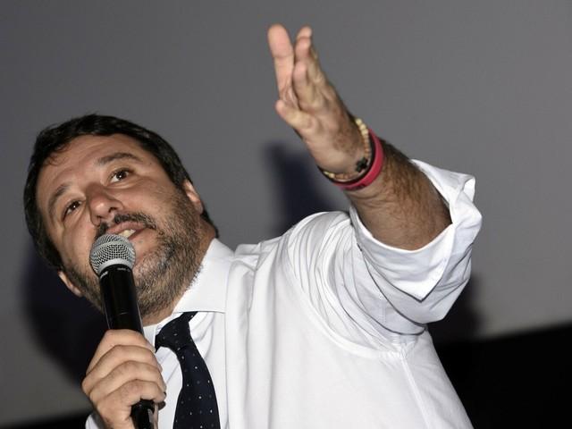 """Ex Ilva, l'affondo di Salvini: """"M5s vuole che l'Italia campi di elemosina"""""""