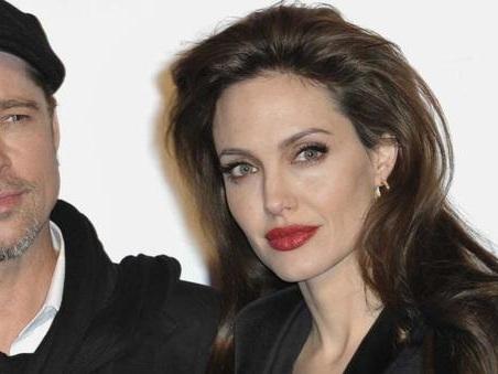 """Angelina Jolie rompe il silenzio su Brad Pitt: """"Ecco quando è iniziato il declino"""""""