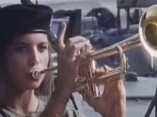 La canzone sigla di Classe di Ferro è di Jovanotti (video)