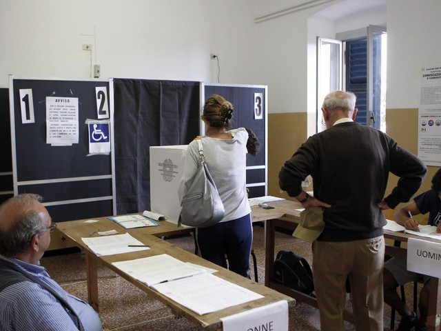 I sedicenni al voto? Fragili e sensibili solo all'ambiente