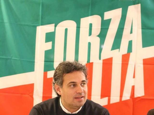 Davide Bendinelli lascia Forza Italia e passa a Italia Viva con Renzi