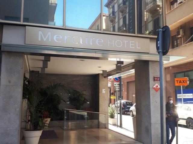 Virus, clienti hotel in altri alberghi