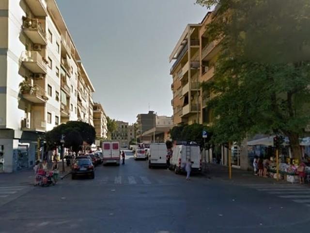 Ostia: controlli ai negozi delle vie del centro, arrestato un fruttivendolo